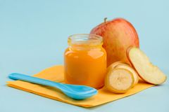 Puré da banana e da maçã imagem de stock royalty free
