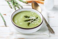 Purée de soupe à asperge Régime sain cuisine végétarienne images libres de droits