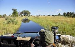 Pur приключения & Adrenalin: Okavango-перепад заболачивает скрещивание с a стоковое фото