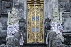 Pura果阿Lawah印度寺庙外部细节在巴厘岛印度尼西亚 免版税库存图片