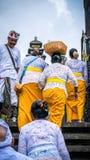 PURA BESAKIH, BALI, INDONESIË - Oktober 28, 2016: Ceremoniedaken in Pura Besakih Temple in het Eiland van Bali, Indonesië stock afbeeldingen