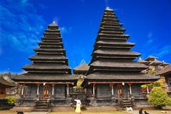 Pura Besakih jest świątynnym kompleksem w wiosce Besakih na skłonach góra Agung w wschodnim Bali, Indonezja Obraz Stock