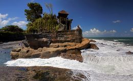 Pura tanah全部在巴厘岛 免版税库存图片