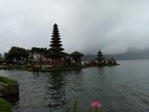 Pura Ulun Danu Beratan, висок Beratan на озере, Бали стоковое изображение rf