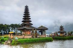 Pura Ulun Danu Bratan, индусский висок на озере Bratan, Бали, Индонезии Стоковые Изображения