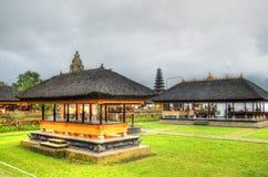 Pura Ulun Danu Bratan, индусский висок на озере Bratan, Бали, Индонезии Стоковое Изображение