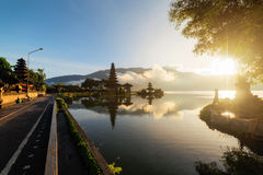 Pura Ulun Danu Bratan Bali Indonesia Obrazy Royalty Free