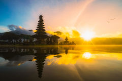 Pura Ulun Danu Bratan Bali Indonesia, Hinduska świątynia na Bratan lak Obrazy Royalty Free