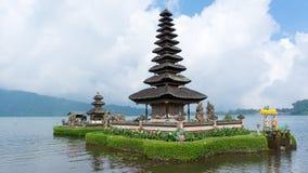 Pura Ulun Danu Bratan sur Bali Images libres de droits