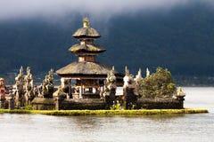 Pura Ulun Danu Temple sur Danau Bratan Image stock