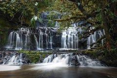 purakaunui парка острова пущи catlins водопад zealand нового южный Стоковое фото RF