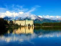 Pure Beauty. A hotel in the Canadian Rockies Royalty Free Stock Photos