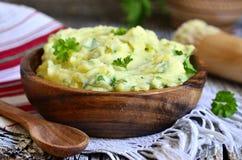 Purea di patate con l'erba Fotografia Stock Libera da Diritti