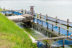 Purificateur, bassin de aération d'usine de traitement des eaux résiduaires Image stock
