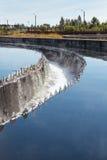 Purification d'eau dans des réservoirs de sédimentation photo libre de droits