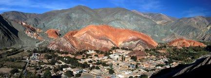 Purmamarca und Hügel von 7 Farben Lizenzfreies Stockfoto