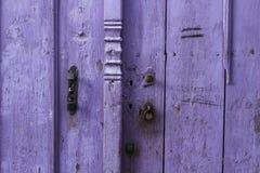 Purpel dörr Fotografering för Bildbyråer