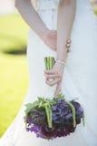 Purper de bloemboeket van de huwelijkskleding Royalty-vrije Stock Afbeelding