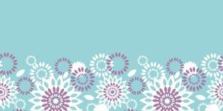 Purpere en blauwe bloemen abstracte horizontale naadloze patroonachtergrond Stock Afbeeldingen