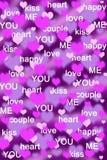 Purpere en roze hartenachtergrond met liefdewoorden Stock Foto's