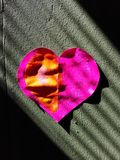 Purpere hartliefde stock afbeeldingen