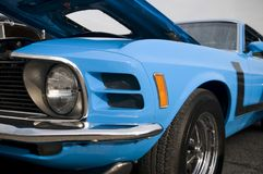 Purpere Sedan - Front View royalty-vrije stock fotografie