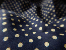 Purpere Stof en Polka Dots Background Stock Foto's