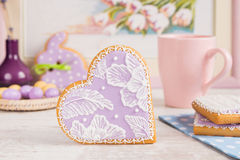 Purple heart gingerbread cookie Royalty Free Stock Photo