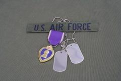 Purple Heart nagroda na USA siły powietrzne oliwnej zieleni mundurze obraz stock