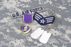 Purple Heart nagroda z psimi etykietkami na USA siły powietrzne mundurze Zdjęcia Royalty Free