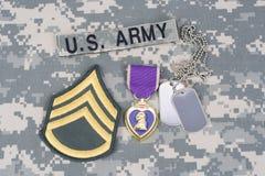 Purple Heart nagroda z psimi etykietkami na wojsko usa mundurze Obraz Stock