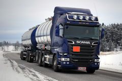 Purple Scania R580 Tank Truck in Winter Stock Images