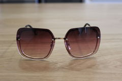 purple sunglasses στοκ εικόνα