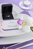 Purple theme wedding table place setting. Royalty Free Stock Photos