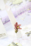 Purple wedding table decor Stock Photos