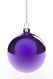Purpur hängande julBauble Royaltyfri Bild