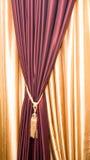 purpur tasselsammet för courtain Arkivbilder