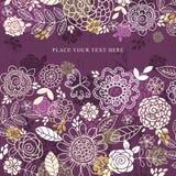 Purpurfärgad bakgrund av handattraktion blommar, vektorn Royaltyfria Foton