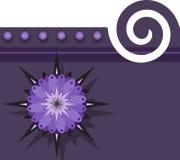 Purpurfärgad bakgrund med blom- design Arkivfoton