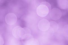 Purpurfärgad bakgrundssuddighetstapet - materielfoto Royaltyfri Foto