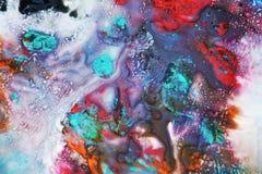 Purpurfärgad blå röd rosa vattenfärgmålarfärg, den mjuka blandningen färgar och att måla spots bakgrund, färgrik abstrakt bakgrun royaltyfri foto