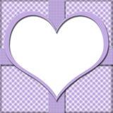 Purpurfärgad gingham med hjärtamitten och bandbakgrund för ditt Arkivfoton