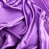 Purpurfärgad silk bakgrund Royaltyfri Bild