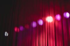 Purpurfärgade festliga valentin elegant abstrakt bakgrund, vägggeometrigarnering fotografering för bildbyråer