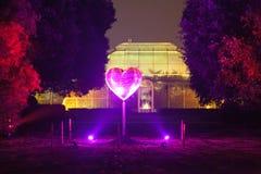 Purpurowy błyskotliwy serce Fotografia Stock