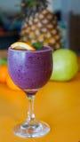 Purpurowy Jagodowy Smoothie napój Zdjęcie Royalty Free