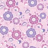 Purpurrote Blüte blüht nahtlosen Muster-Hintergrund Stockfotos