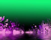 Purpurrote Blumen durch Wasser Stockbild