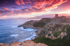 Purpurrote Dämmerung, Ile Rousse, Korsika Stockbilder