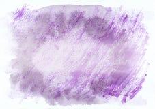 Purpurrote und violette bewölkte horizontale gezeichneter Hintergrund der Aquarellsteigung Hand Mittleres Teil ist heller als and Lizenzfreie Stockfotografie